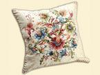 Чехол из гобелена на подушку - Английские цветы